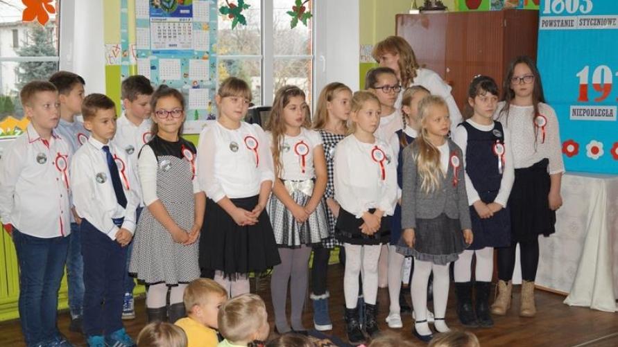 Narodowe Święto Niepodległości w Szkole Podstawowej w Smolicach