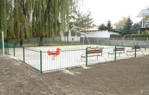 Budowa sprawnościowego placu zabaw przy ulicy Grobla w Kobylinie