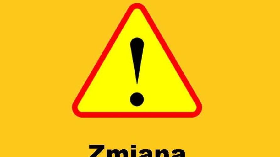 Znak drogowy - uwaga zmiana organizacji ruchu
