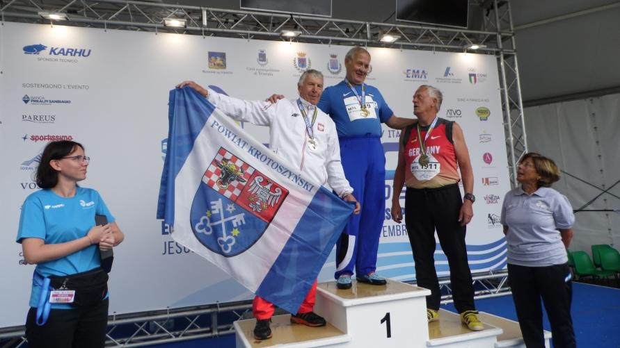Czesław Roszczak na podium