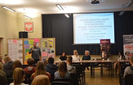 Uczniowie klas ósmych szkół podstawowych z terenu miasta i gminy Kobylin