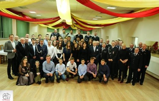 Uczestnicy strażackiej wigilii w Kuklinowie
