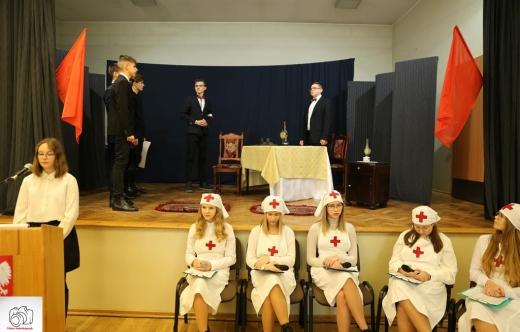 Przedstawienie przygotowane przez uczniów SP Kobylin