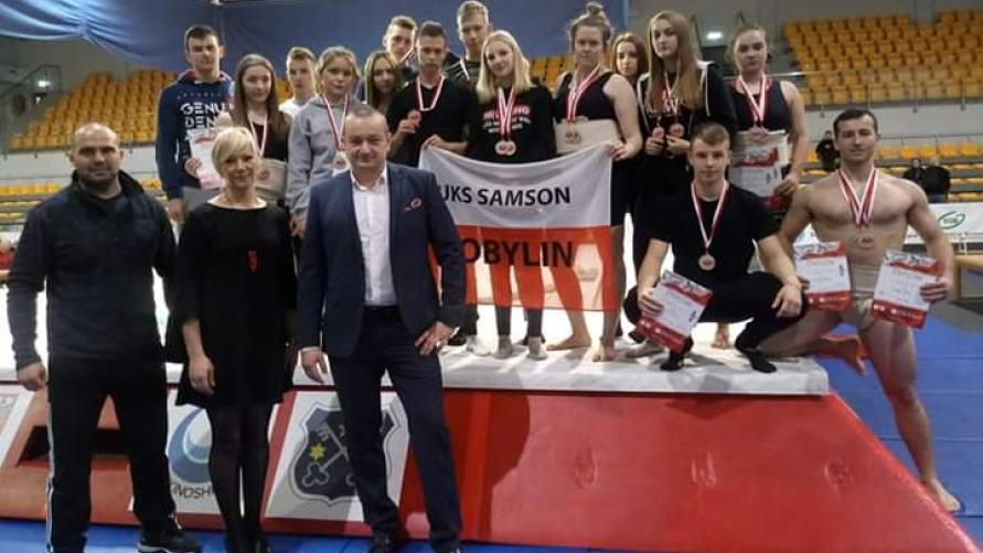 Zawodnicy UKS Samson Kobylin