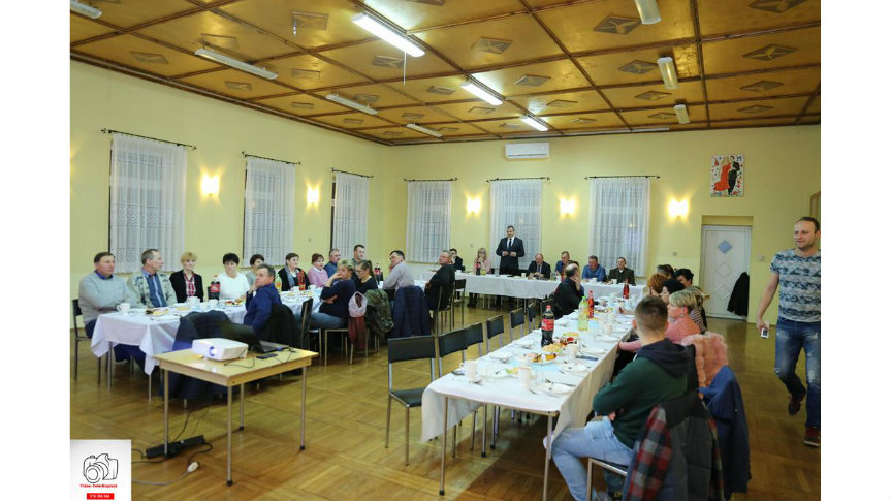 Zebranie wiejskie w Fijałowie