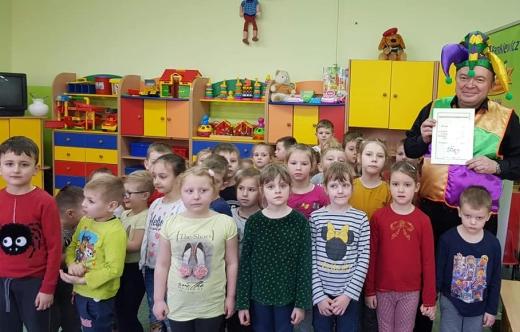 Przedszkolaki z Zalesia Wielkiego z Romanem Pankiewiczem