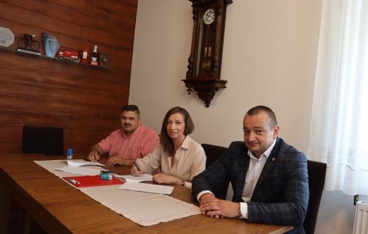 Umowa na remont w szkole w Kuklinowie podpisana